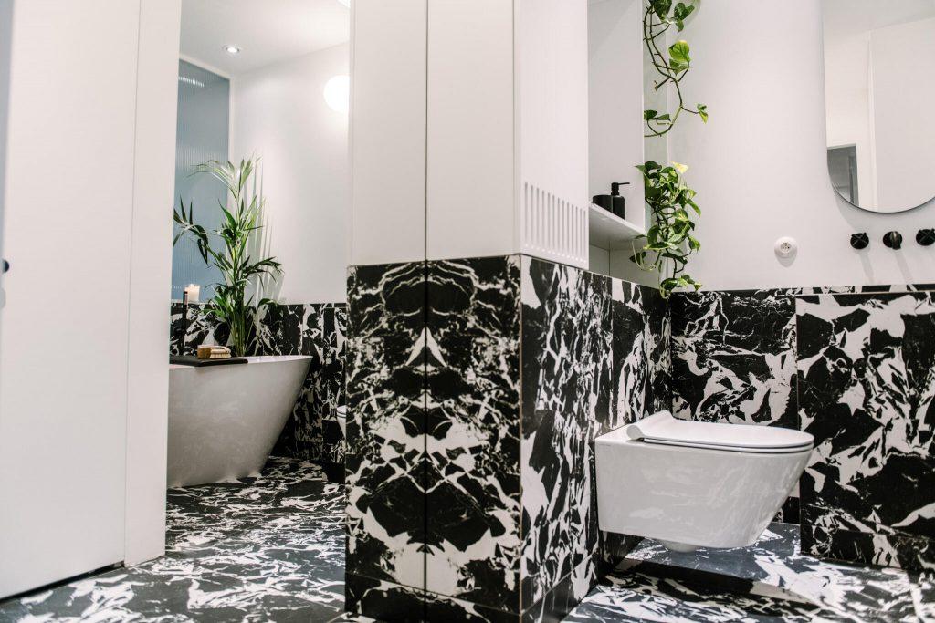 Pastel Blue łazienka marmur